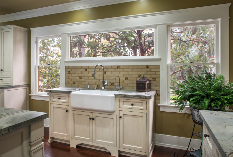 love-historic-prairie-kitchen-mudroom-remodel-melhorn-03